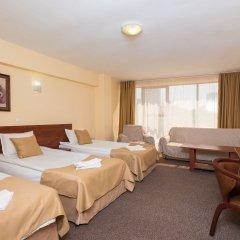 Отель Avenue Болгария, Бургас - отзывы, цены и фото номеров - забронировать отель Avenue онлайн комната для гостей фото 5