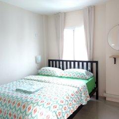 Отель Rama 9 Kamin Bird Hostel Таиланд, Бангкок - отзывы, цены и фото номеров - забронировать отель Rama 9 Kamin Bird Hostel онлайн комната для гостей фото 4