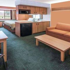 Отель Super 8 Columbus West США, Колумбус - отзывы, цены и фото номеров - забронировать отель Super 8 Columbus West онлайн комната для гостей