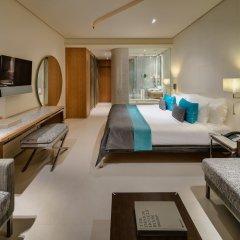 Aguas de Ibiza Grand Luxe Hotel сейф в номере