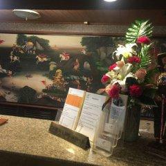 Niran Grand Hotel интерьер отеля