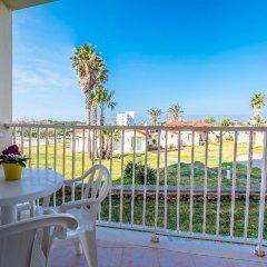 Отель Roc Cala D'En Blanes Beach Club Испания, Кала-эн-Бланес - отзывы, цены и фото номеров - забронировать отель Roc Cala D'En Blanes Beach Club онлайн балкон