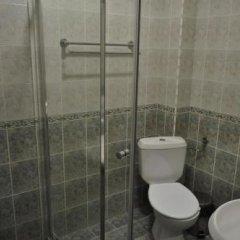 Отель Family Hotel Biju Болгария, Трявна - отзывы, цены и фото номеров - забронировать отель Family Hotel Biju онлайн ванная фото 2