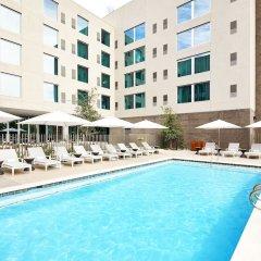 Отель AC Hotel by Marriott Phoenix Biltmore США, Финикс - отзывы, цены и фото номеров - забронировать отель AC Hotel by Marriott Phoenix Biltmore онлайн бассейн фото 2