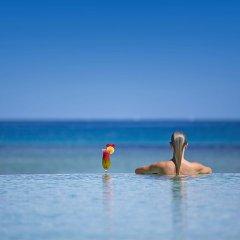 Отель Intercontinental Fiji Golf Resort & Spa Вити-Леву бассейн