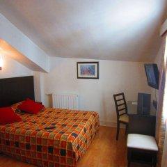 Amiot Hotel комната для гостей