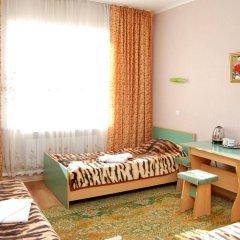 Отель Маданур Кыргызстан, Каракол - отзывы, цены и фото номеров - забронировать отель Маданур онлайн комната для гостей