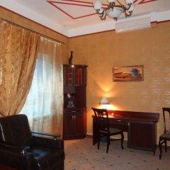 Гостиница Астрал (комплекс А) в Тихвине отзывы, цены и фото номеров - забронировать гостиницу Астрал (комплекс А) онлайн Тихвин комната для гостей