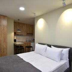 Апартаменты Gallery Apartment A комната для гостей фото 2