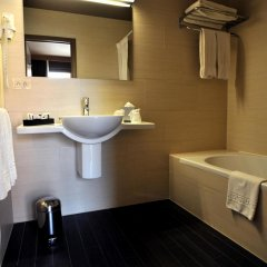 Flanders Hotel - Hampshire Classic ванная фото 2