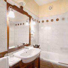 Отель Grand Hotel Smeraldo Beach Италия, Байя-Сардиния - 1 отзыв об отеле, цены и фото номеров - забронировать отель Grand Hotel Smeraldo Beach онлайн ванная