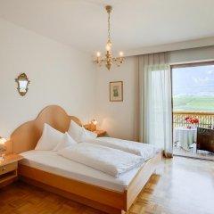 Hotel Girlanerhof Аппиано-сулла-Страда-дель-Вино комната для гостей