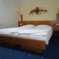 Hotel Apollon Литомержице комната для гостей