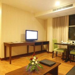 Отель The Kris Residence комната для гостей фото 3