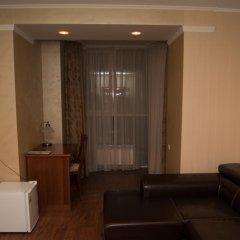Гостиница Пионер Люкс в Саратове 8 отзывов об отеле, цены и фото номеров - забронировать гостиницу Пионер Люкс онлайн Саратов комната для гостей фото 3