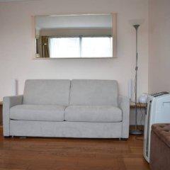 Апартаменты Studio In Paris 16th With Balcony комната для гостей фото 2