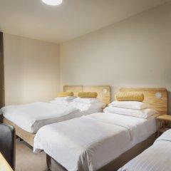 Отель Golf Depandance Прага комната для гостей
