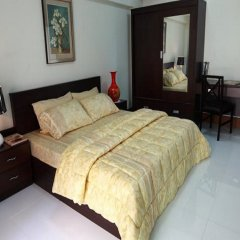 Отель Rattanasook Residence комната для гостей фото 3