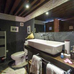 Отель Riad Les Oudayas Марокко, Фес - отзывы, цены и фото номеров - забронировать отель Riad Les Oudayas онлайн ванная фото 2