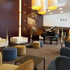 Отель Ramada Plaza Antwerp Бельгия, Антверпен - 1 отзыв об отеле, цены и фото номеров - забронировать отель Ramada Plaza Antwerp онлайн интерьер отеля фото 3