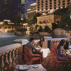 Отель Bellagio США, Лас-Вегас - - забронировать отель Bellagio, цены и фото номеров балкон
