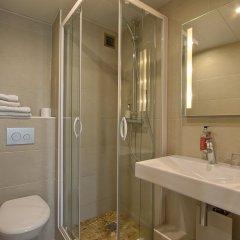 Отель Villa Margaux Opera Montmartre Париж ванная фото 2