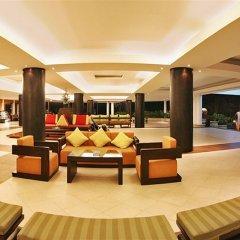 Отель Duangjitt Resort, Phuket гостиничный бар