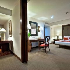 Narai Hotel сейф в номере