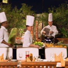 Отель Movenpick Hotel & Apartments Bur Dubai ОАЭ, Дубай - отзывы, цены и фото номеров - забронировать отель Movenpick Hotel & Apartments Bur Dubai онлайн фото 4