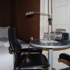 Отель Club Hotel Praha Чехия, Прага - 2 отзыва об отеле, цены и фото номеров - забронировать отель Club Hotel Praha онлайн удобства в номере
