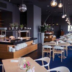 Отель Dorpat Hotel Эстония, Тарту - отзывы, цены и фото номеров - забронировать отель Dorpat Hotel онлайн гостиничный бар