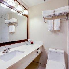 Отель Thompson Hotel & Conference Center Канада, Камлупс - отзывы, цены и фото номеров - забронировать отель Thompson Hotel & Conference Center онлайн ванная