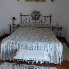 Отель Casa de S. Thiago do Castelo сейф в номере