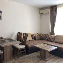 Апартаменты Ravda Apartments Равда комната для гостей фото 4