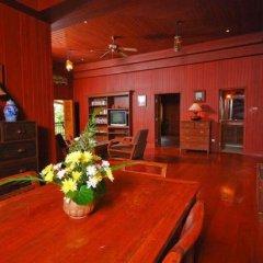 Отель Baan Mai Cottages & Restaurant интерьер отеля фото 3