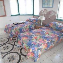 Отель Seacastles Vacation Penthouse комната для гостей