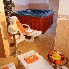 Adeba Hotel бассейн фото 2