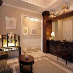 Hotel Monterey Lasoeur Ginza интерьер отеля
