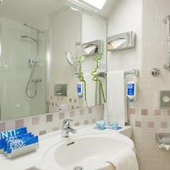 Отель TRYP München City Center Hotel Германия, Мюнхен - 2 отзыва об отеле, цены и фото номеров - забронировать отель TRYP München City Center Hotel онлайн ванная фото 2