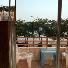 Отель Wilai Guesthouse балкон