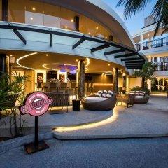 Отель Novotel Phuket Karon Beach Resort & Spa Пхукет гостиничный бар
