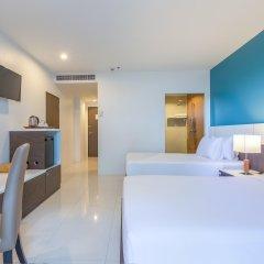 Отель Chanalai Hillside Resort, Karon Beach комната для гостей