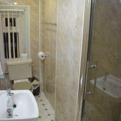 Dukeries Hotel ванная фото 2