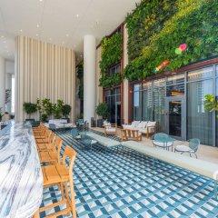 Отель SLS LUX Brickell бассейн фото 2