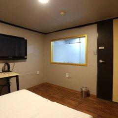 Отель Grim Jongro Insadong Южная Корея, Сеул - отзывы, цены и фото номеров - забронировать отель Grim Jongro Insadong онлайн удобства в номере фото 2