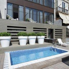 Отель Gran Via BCN бассейн