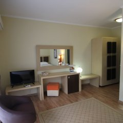 Отель Tropikal Resort Албания, Дуррес - отзывы, цены и фото номеров - забронировать отель Tropikal Resort онлайн удобства в номере фото 2