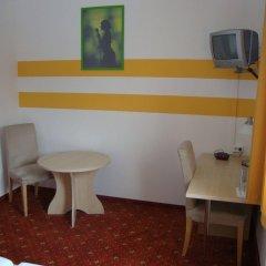 Отель Lenas Donau в номере
