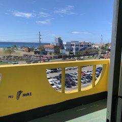 Отель Reggae Hostel Montego Bay Ямайка, Монтего-Бей - отзывы, цены и фото номеров - забронировать отель Reggae Hostel Montego Bay онлайн балкон