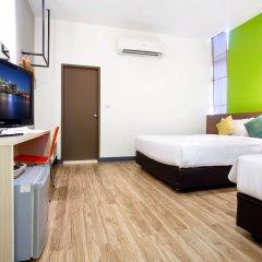 Отель D Varee Xpress Makkasan Таиланд, Бангкок - 1 отзыв об отеле, цены и фото номеров - забронировать отель D Varee Xpress Makkasan онлайн комната для гостей фото 3